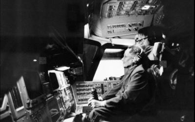 Deng Xiaoping in Shuttle simulator