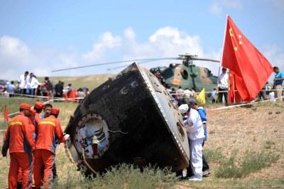 Shenzhou 10 after landing
