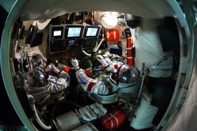 Astronaut crew in docking training